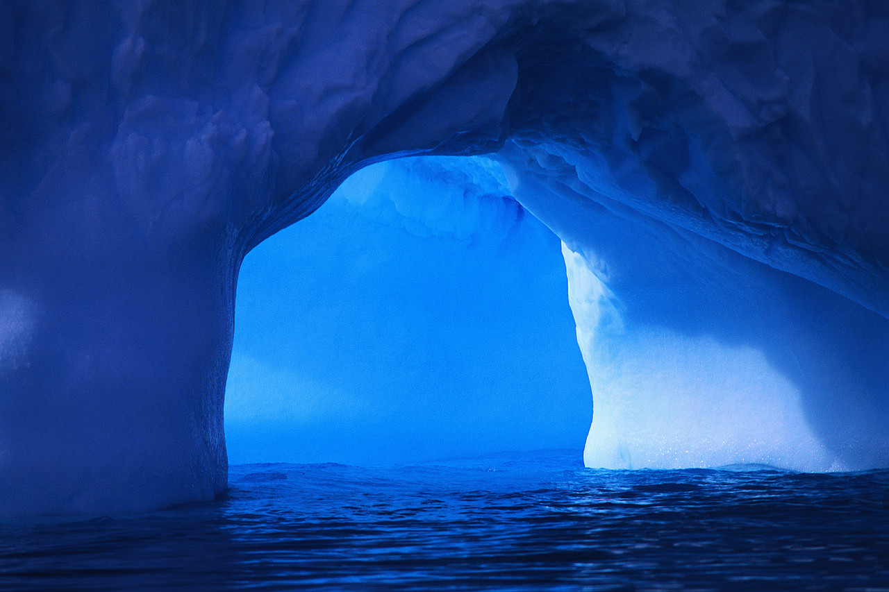 Arch of an Iceberg